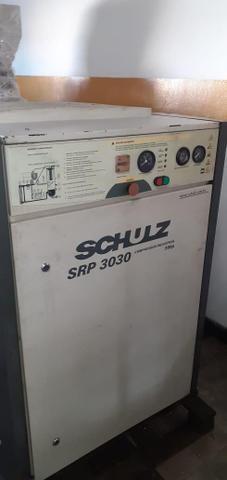 Vendo ou Troco Compressor Schulz 30HP