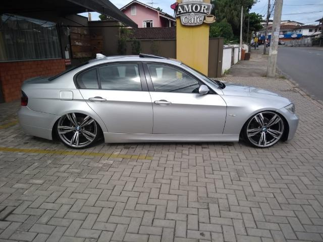 Vendo BMW 320i legalizada - Foto 3