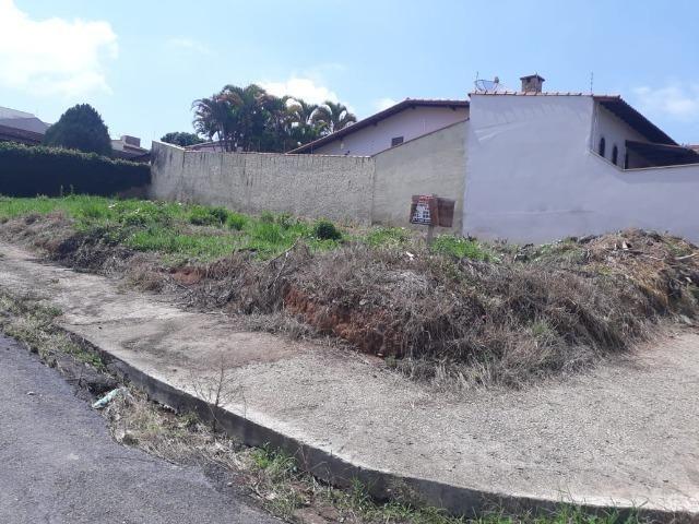 Lote de oportunidade de esquina Bairro Altaville - Foto 2