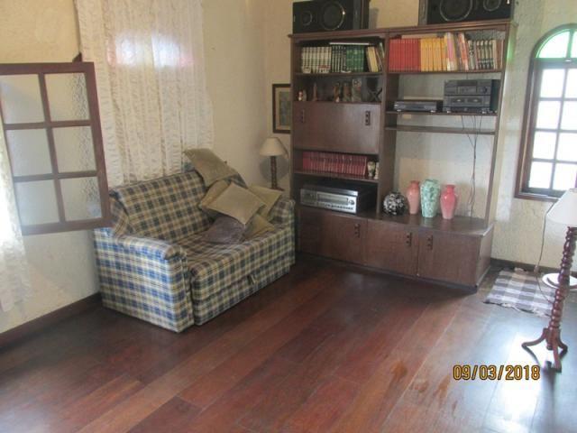 Rm imóveis vende. casa no melhor ponto do bairro, rua plana, casa estilo colonial, janelas - Foto 3