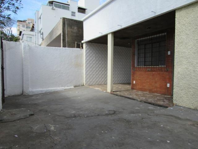 Rm imóveis vende ótima casa de 03 quartos no caiçara, ótima localização! - Foto 2