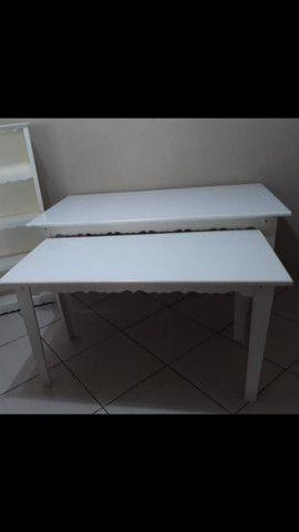 Kit 2 Mesas Provençais + Armário para lembrancinhas - Foto 3