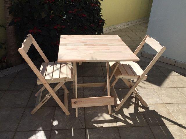 Conjunto Dobrável - mesa e cadeiras - sem pintura - Foto 2
