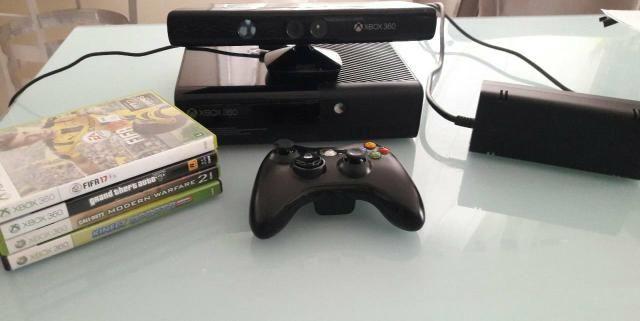 Xbox 360 super slim seminovo com kinect mais 4 jogos