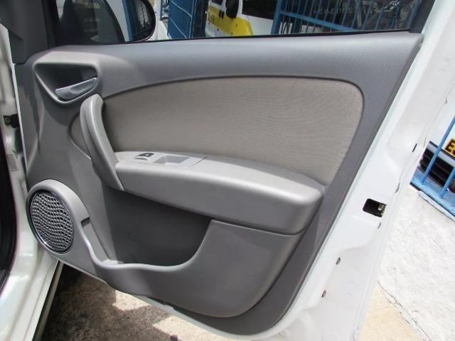 Fiat Grand Siena 1.6 16v Essence Flex 4p - Foto 6