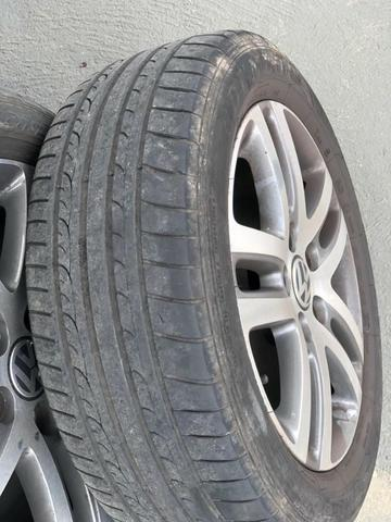 4 pneus dunlop 205/55/16 com 15000km rodados - 550 o jogo - Foto 2