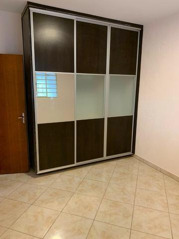 Casa Belissima otima Localização 2 qts, 4 garagem prox shoping Passeio das Aguas - Foto 3