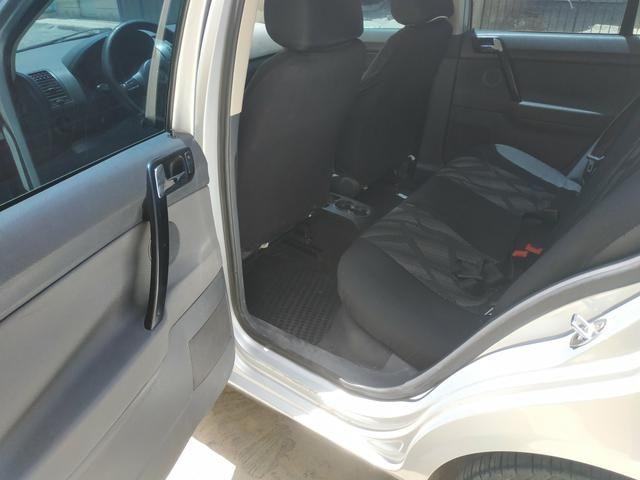 Polo Sedan Comfortline 1.6 - Foto 9