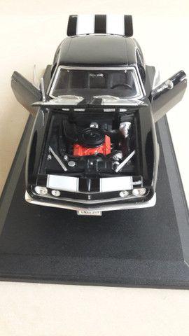 Chevrolet Camaro - Escala 1:18 - Foto 6