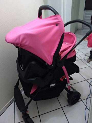 Vendo Carrinho + Bebê Conforto com base para carro Burigotto