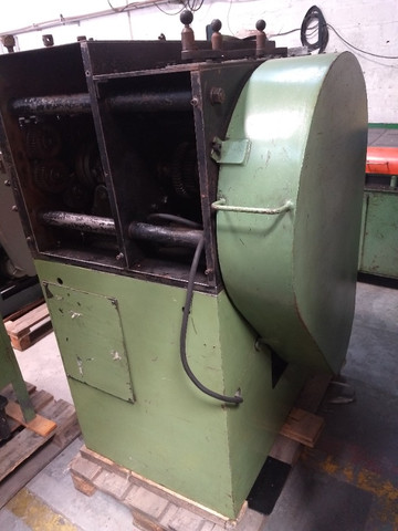 Máquina para produzir molas Carjac MC4 arame de 1,5 a 5,0 mm - Foto 4