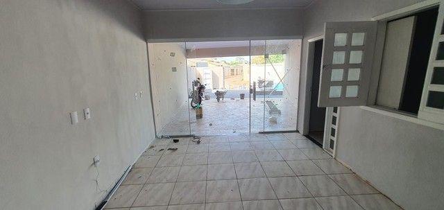 Casa Com Piscina 3 quartos 1 Suite Prox SHopping - Foto 16