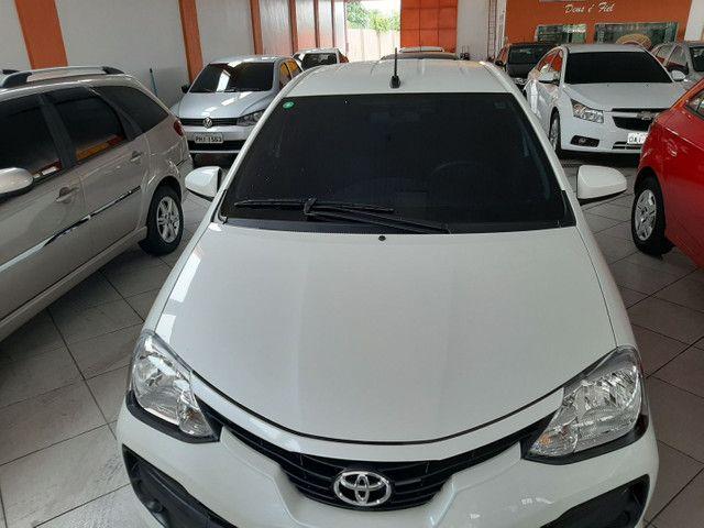 Toyota Etios HB 1.3 aut  - Foto 2