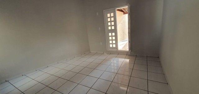 Casa Com Piscina 3 quartos 1 Suite Prox SHopping - Foto 12