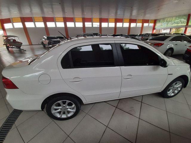 Toyota Etios HB 1.3 aut  - Foto 5
