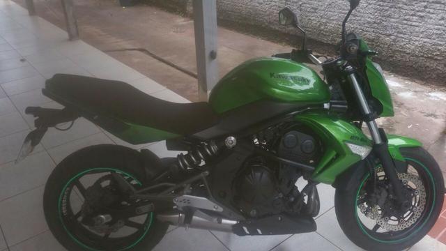 Kawasaki Er-6n a mais linda de Foz do Iguaçu Moto Semi-Nova, bem cuidada