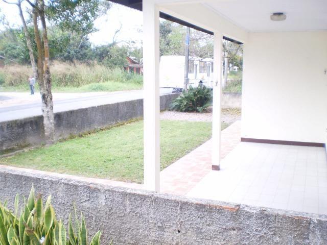 Casa em itapoá SC av. brasil 50m da praia para 8 pessoas - Foto 6