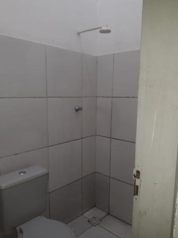 Alugar kitenet valor de 300 reais mês não pagar água só energia - Foto 3
