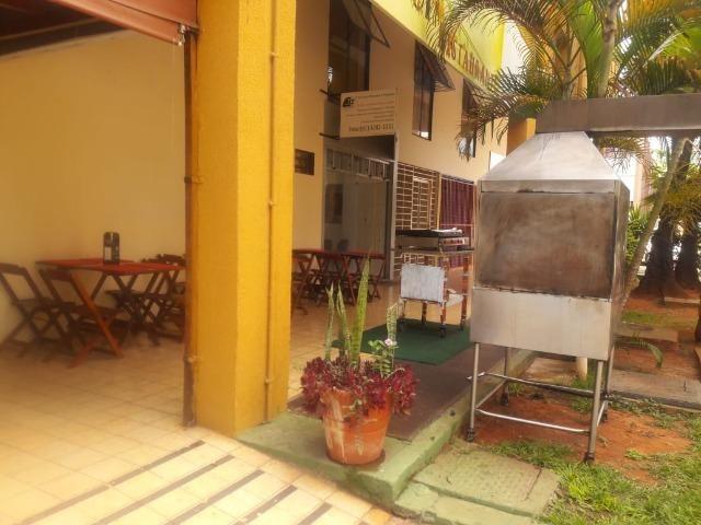 Restaurante na asa norte, com 8 anos de clientela em otima localização