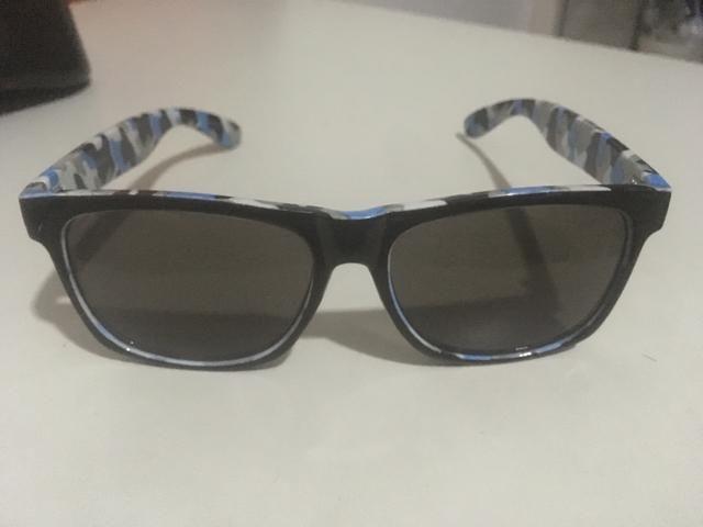 16b873e046f63 Óculos de sol Camuflado - Khatto - Bijouterias