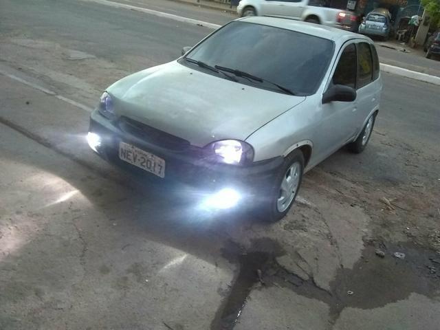 Corsa 2001 1.0