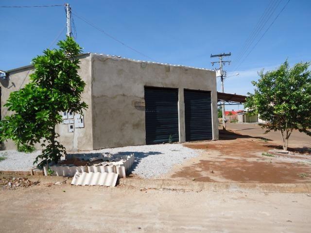 Ponto Comercial de esquina c/ casa de 04 cômodos+áreas (quitada)