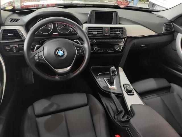 BMW  320i 2.0 SPORT 16V TURBO ACTIVE 2017 - Foto 7