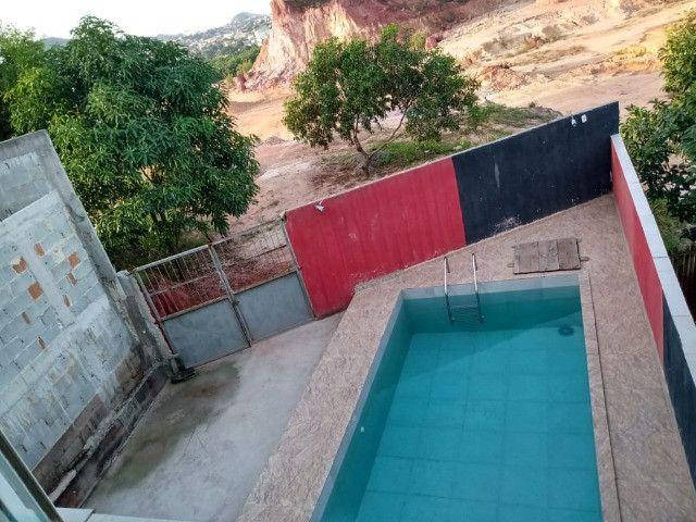 Duplex em Rio de Marinho com piscina - Bia Araújo