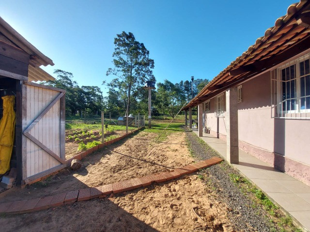 Velleda aluga sítio de 1 hectare, plano, com belíssima casa, confira! - Foto 13