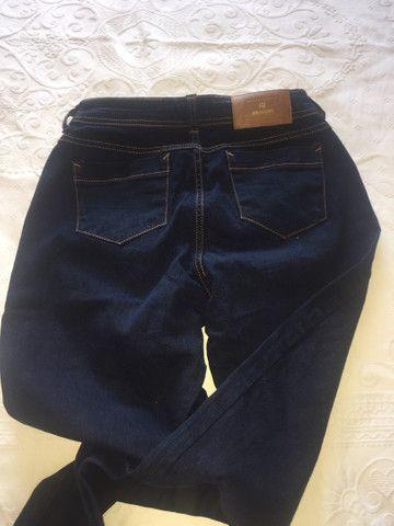 Jeans Tam 40 feminino seminova