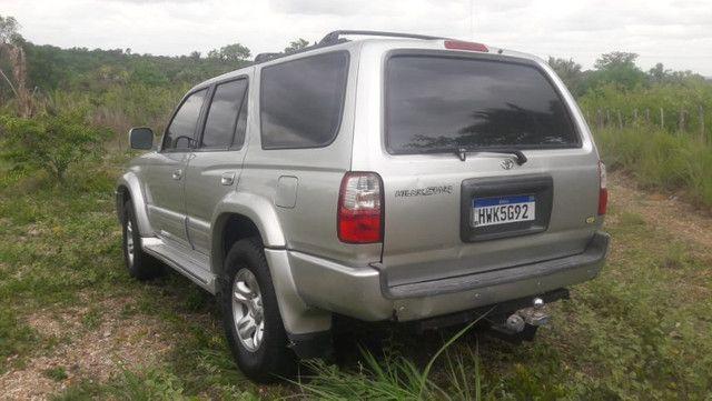 Hilux SW4 4X4 V6 3.4 Automática 2001