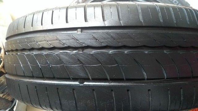 01 Pneus Pirelli 205/60/15 Citurato P1  - Foto 3