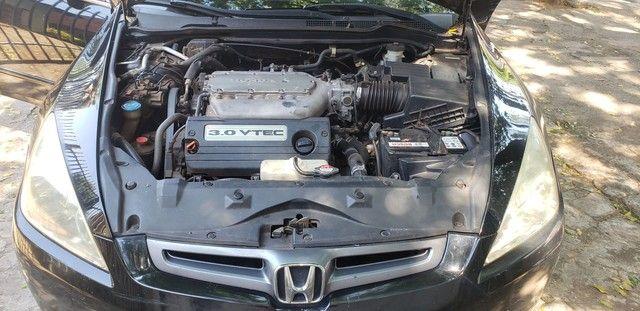 Honda Accord V6 vtec completo teto couro. Nave. Pego menor valor  - Foto 15
