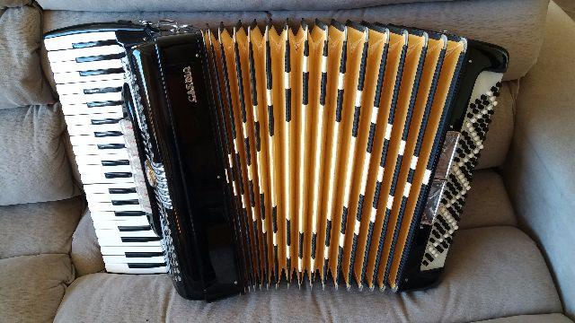Acordeon Italiano 120 Bx Casino