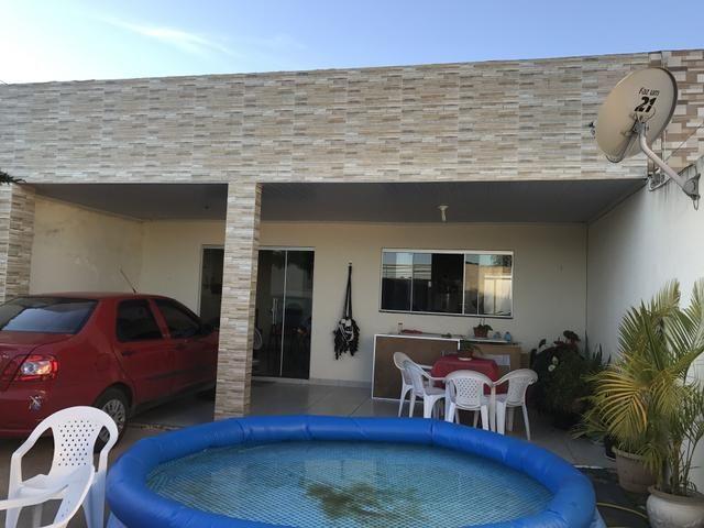 Oportunidade: Casa de 3 qts, suíte, laje em Condomínio fechado toda novinha