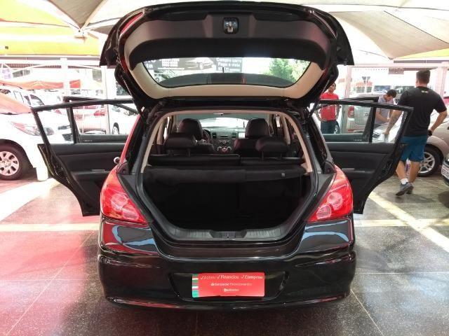Nissan Tiida SL 1.8 2012/2013 Com Teto Solar Temos Golf Gol Palio Astra Polo Saveiro Civic - Foto 13
