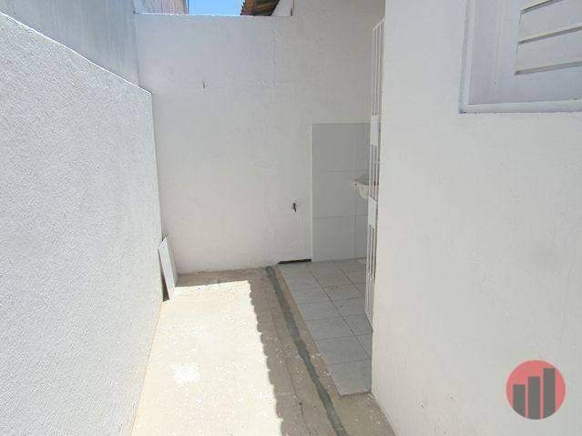 Casa para alugar, 70 m² por R$ 670,00 - Castelão - Fortaleza/CE - Foto 10