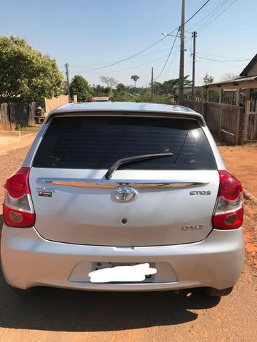 Toyota Etios XLS 2014 1.5 - Foto 2