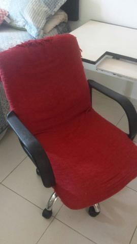 Mesa e cadeira de escritório - Foto 2