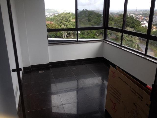 Excelente apartamento amplo com 4 quartos. Financia - Foto 9