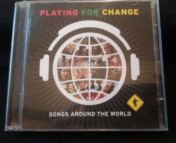 CD e DVD Playing For Change - Songs Around The World (Originais) - Foto 2