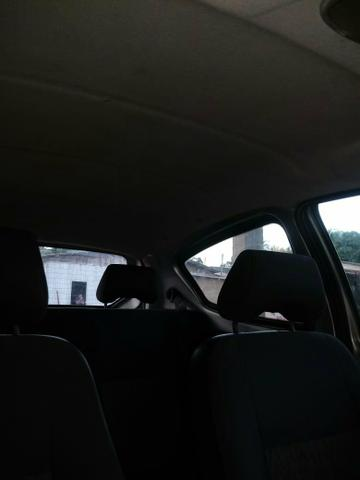 Vendo um Ford Ka ano 2009 2010 bem conservado ar condicionado direção hidráulica - Foto 4