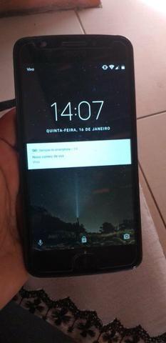 Vendo celular MOTO E4 Funcionando perfeitamente - Foto 2