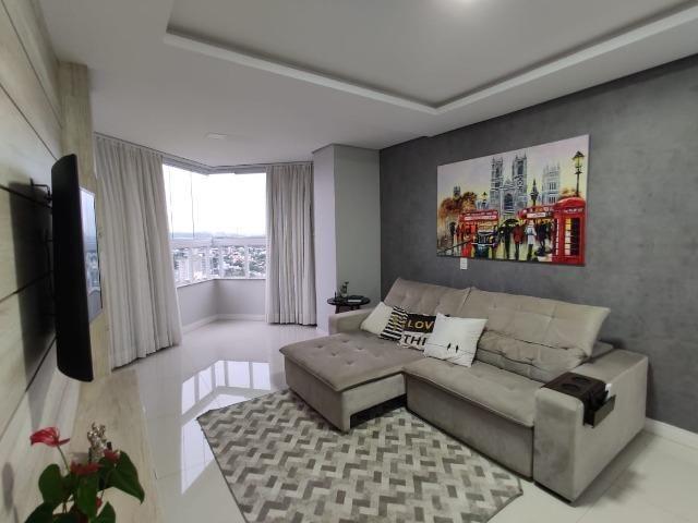 Apartamento de alto Padrão com uma das melhores vistas da cidade - Foto 14