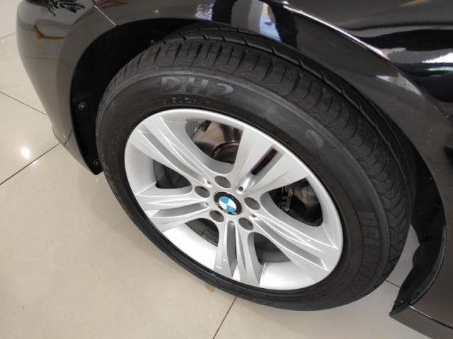 BMW  320i 2.0 SPORT 16V TURBO ACTIVE 2017 - Foto 9