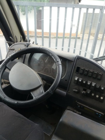 Microônibus Agrale ano 2010 - Foto 4
