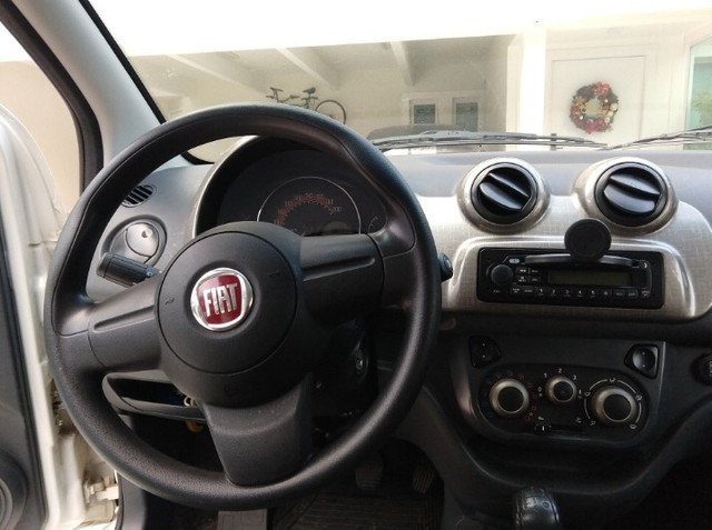 Fiat Uno 1.4 Way Flex 5p - Foto 5