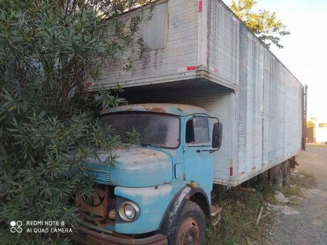 Caminhão Mercedes Bens 1113 Trucado, direção hidráulica, motor já vendido