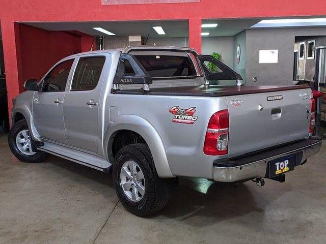 Toyota HILUX CD4X4 SRV - Foto 3
