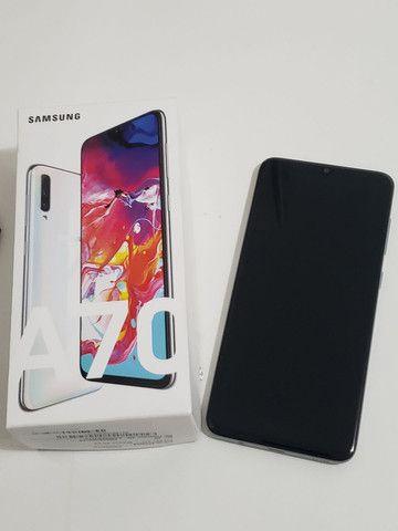 SOMENTE VENDA!Samsung A70 Semi Novo!